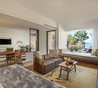 Heavenly Ocean View Pool Suite - Living Space