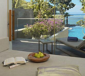 Heavenly Ocean View Pool Suite - Sofa Bed