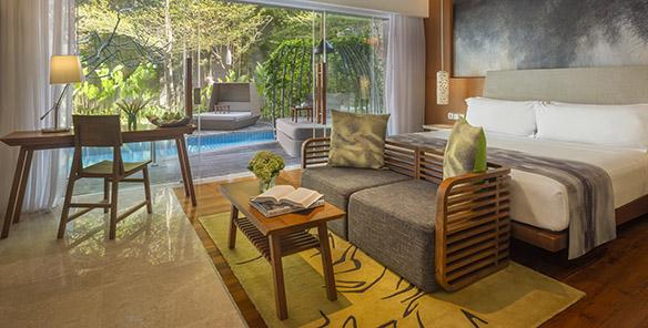 Impressive Lagoon Pool Access - Living Space & Bedroom