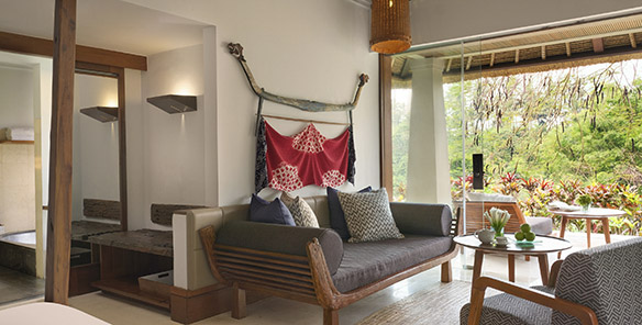 Heavenly Jacuzzi Villa - Living Area