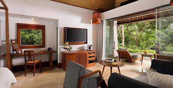 Heavenly Pool Villa - Living Area & Terrace