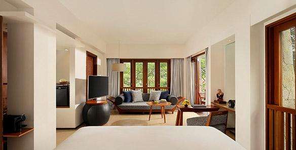 Impressive Forest Corner Suite