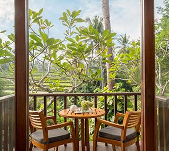 Impressive Forest Suite - Upper floor balcony