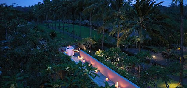 Romantic Twilight Dinner Aerial