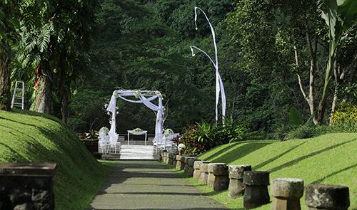 Ceremonial Plaza - Walkway