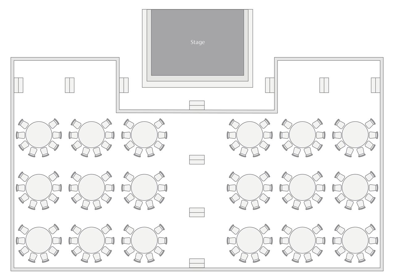 Fullmoon Amphitheatre round table setup